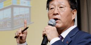 이마트24 흑자전환 절실한 김성영, 편의점 재계약 시즌 대비해 총력전