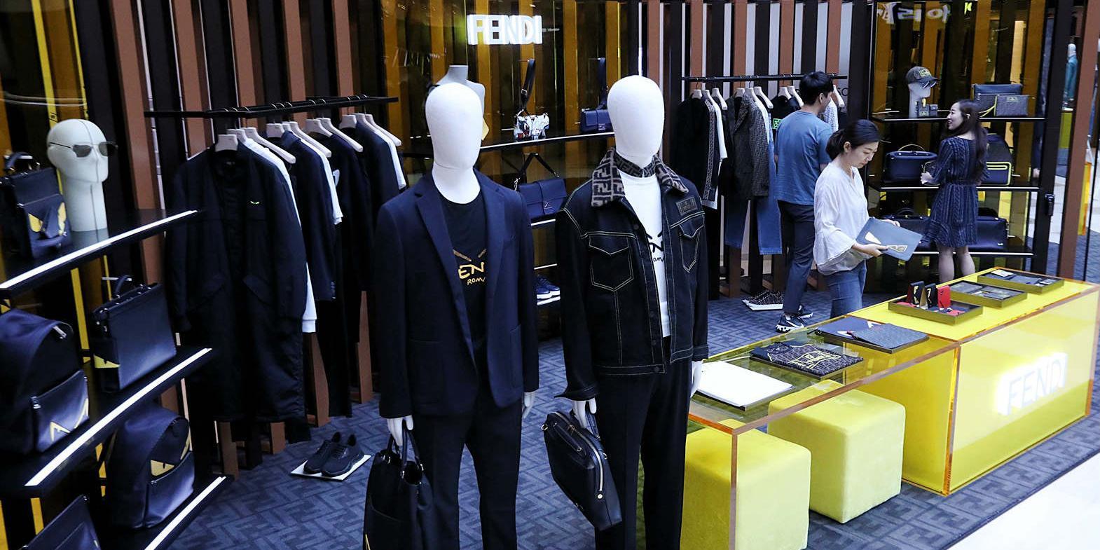 2030세대 남성이 패션에 눈을 떴다, 백화점3사 '남성전문관' 확장