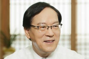 """""""김용환, NH농협금융 계열사 시너지로 올해 수익 1조 향해 간다"""