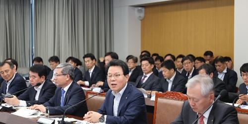 """김광수, NH농협금융 경영회의에서 """"디지털금융 전환 대비해야"""""""