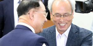 """경제사회노동위 탄력근로제 '6개월 연장', 문성현 """"국민 위한 타협"""""""