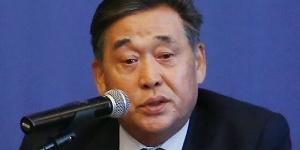 [오늘Who] JB금융지주 내실 목표달성, 김기홍 해외 인수합병 눈돌려