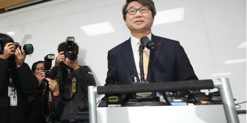 """""""이재용 구하지 못한 삼성 준법감시위, 김지형 지속가능성 시험대 올라"""