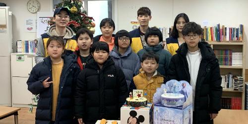 """CJ푸드빌, 지역아동센터 찾아 봉사활동하고 나눔빵 기부"