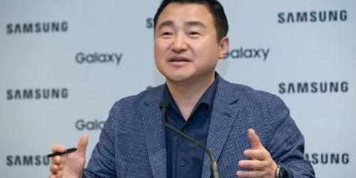 """삼성전자 무선사업 사장 노태문 """"접는 스마트폰 하반기까지 대중화"""""""