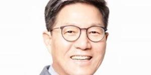 """""""아시아나항공 떠난 금호산업, 서재환 건설업으로 그룹 재건기반 다져"""