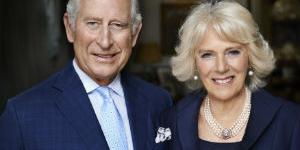 """영국 왕세자 찰스도 코로나19 감염돼 자가격리, """"건강은 양호"""""""