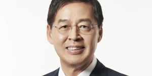 """LG그룹주 방향 못 잡아, LG화학 LG전자 상승 LG디스플레이 하락"