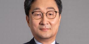 """""""두산그룹주 강세, 두산솔루스 12%대 두산퓨얼셀 7%대 상승"""