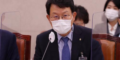 """""""김광수 """"NH투자증권 옵티머스펀드 외압 없었다, 이헌재와 연락 안 해"""
