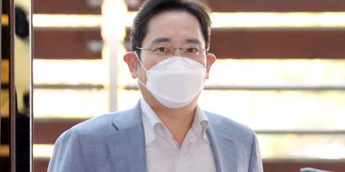 이재용 베트남 총리와 세 번째 만남, 삼성전자 얻어낼 보따리에 주목