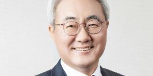 """SK이노베이션 중국에 전기차배터리 우회로 뚫어, 김준 중국 포기 못해"