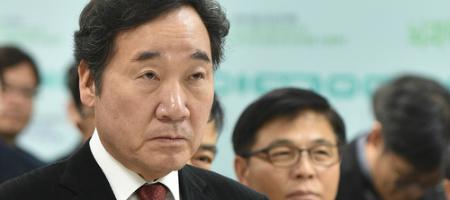 """이낙연 """"한국GM 군산공장 폐쇄와 지역경제 지원 나눠 대응할 수도"""