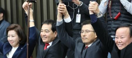 [오늘Who] 심재철, 5선 관록으로 위기의 한국당 원내대표 선택받다