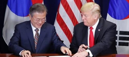 꽉 막힌 문재인, 남북관계 꼬이고 한미외교 살얼음판