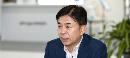 [오늘Who] '오너 리스크' 고달픈 삼성전자, 김현석 위기감 숨기지 않다
