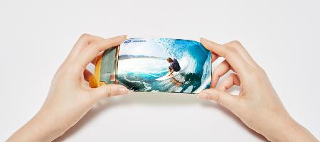 LCD 결별하는 삼성디스플레이, 퀀텀닷까지 중소형 올레드로 버틴다