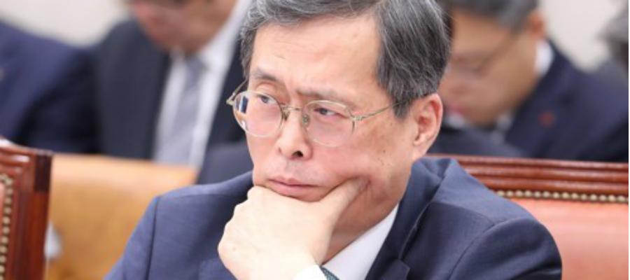 [오늘Who] 정재훈 감사원 소나기 피해, 한수원 원전폐쇄 신중 불가피