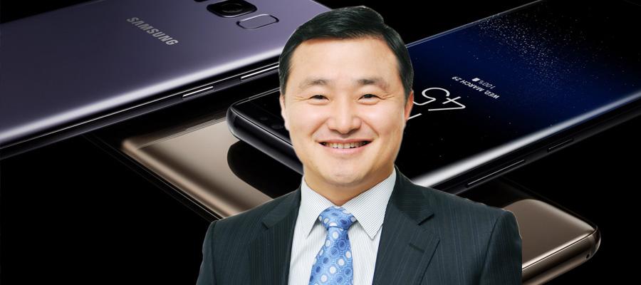 5G스마트폰 승부 거는 삼성전자, 중국에 맞서 보급형 가격 책정 고심