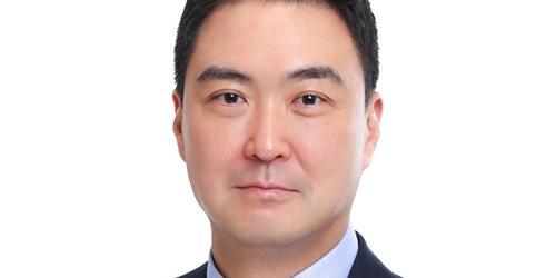 """""""롯데마트 로컬푸드로 경쟁력 키워, 강성현 오프라인 강점 찾기 분주"""