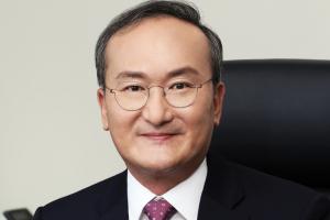 "SK하이닉스 대표 이석희, 미국 반도체 기밀요구 관련 ""내부 검토 중"""